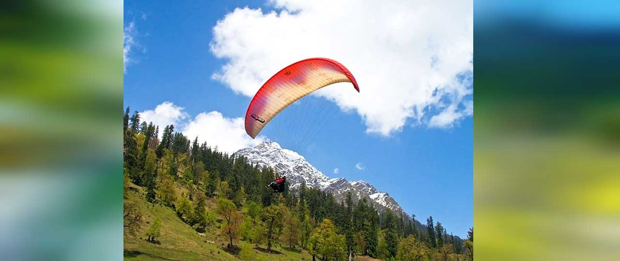 Best things to do in Manali - Paragliding
