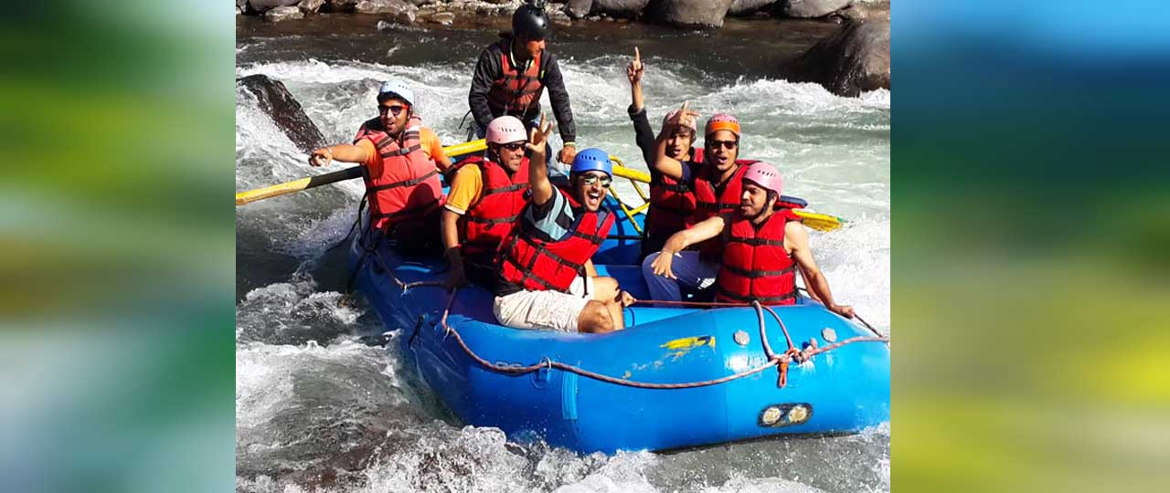 Best things to do in Manali - River Rafting