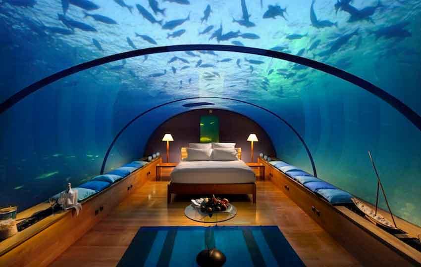sleeping underwater maldives