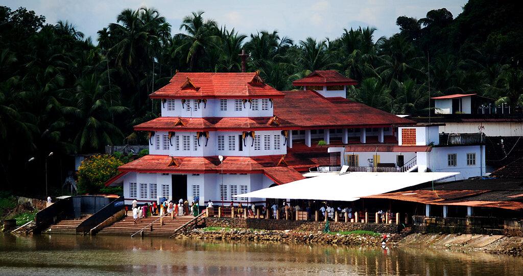 Sree Parassinikadavu Muthappan Temple, Parassinikadavu