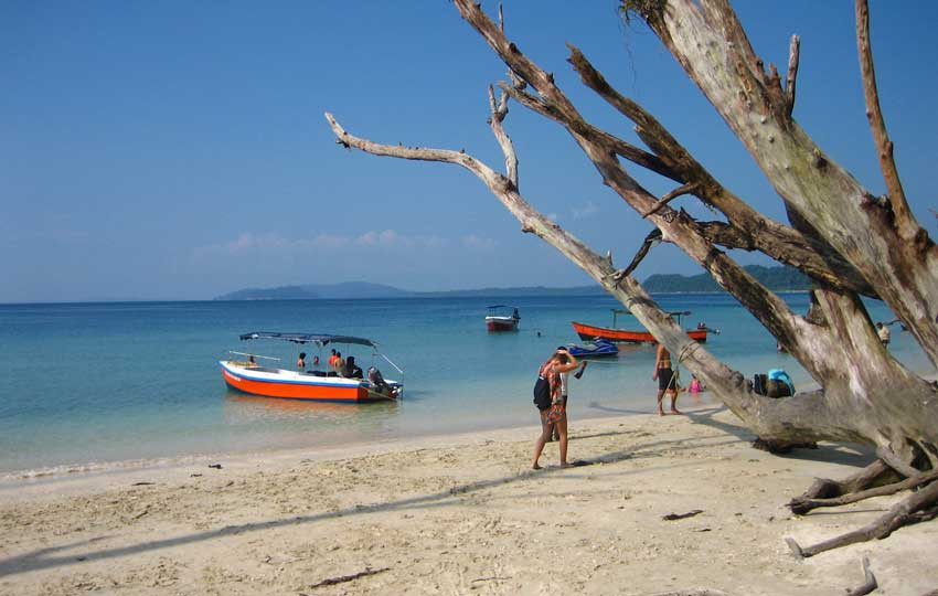 Andaman tour packages -New-Wandoor-Beach