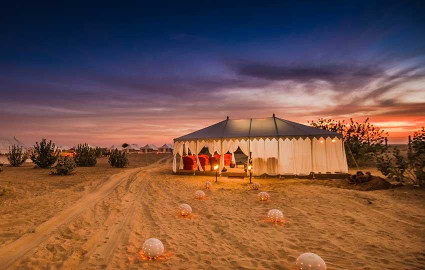 camp in the middle of the Desert