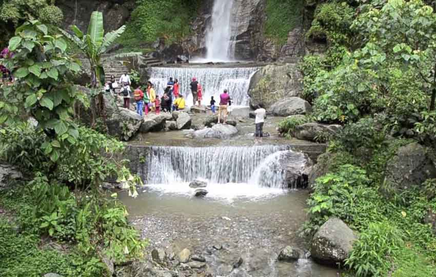 Banjhakri Waterfall