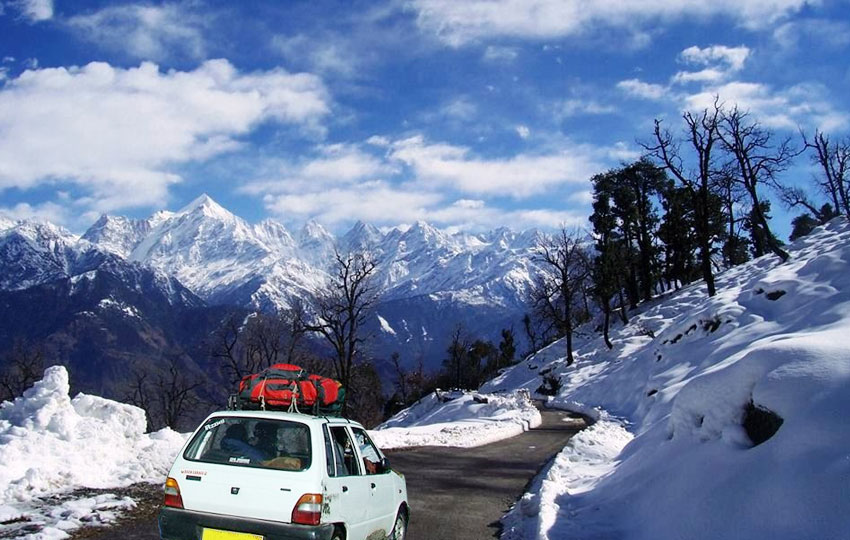Moutains & Snow - Munsiyari  Uttarakhand