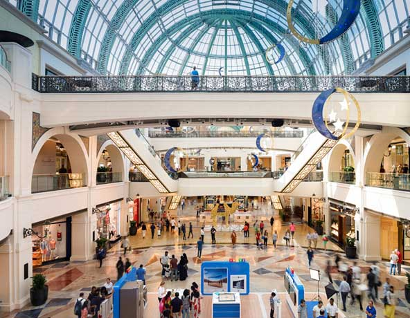 Mall of the Emirates – Shop And Ski